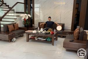 Bàn ghế sofa gỗ cho phòng khách rộng