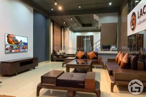 Sofa gỗ cao cấp cho phòng khách hiện đại