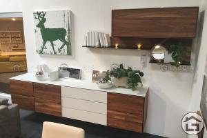 Tủ trang trí gỗ đẹp TTT01