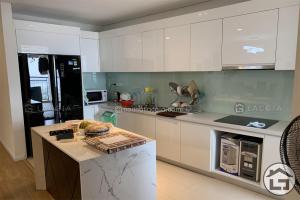 Thiết kế và thi công nội thất gỗ chung cư cao cấp Mipec